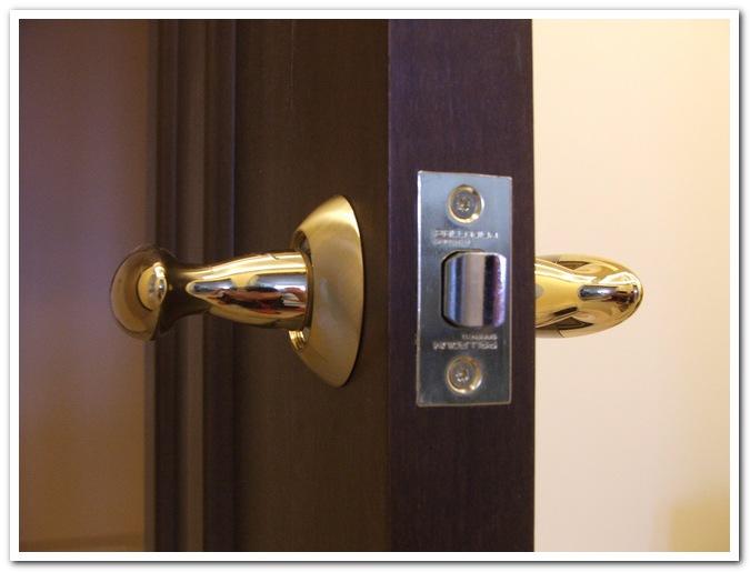 Двери межкомнатные ремонт своими руками